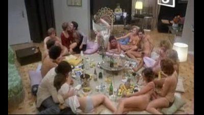 Bacanal en Directo group sex scenes movie (1979)